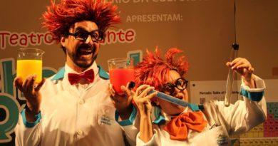"""Fábricas de Cultura de São Paulo recebem peça gratuita """"O Show da Química"""" com cientistas malucos"""